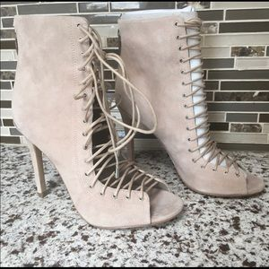 Kendall & Kylie lace up peep toe booties